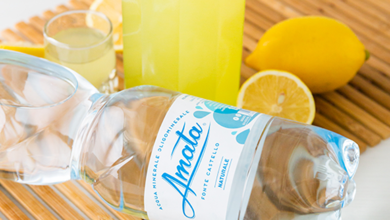 Acqua che aiuta la digestione. Falso mito o verità?